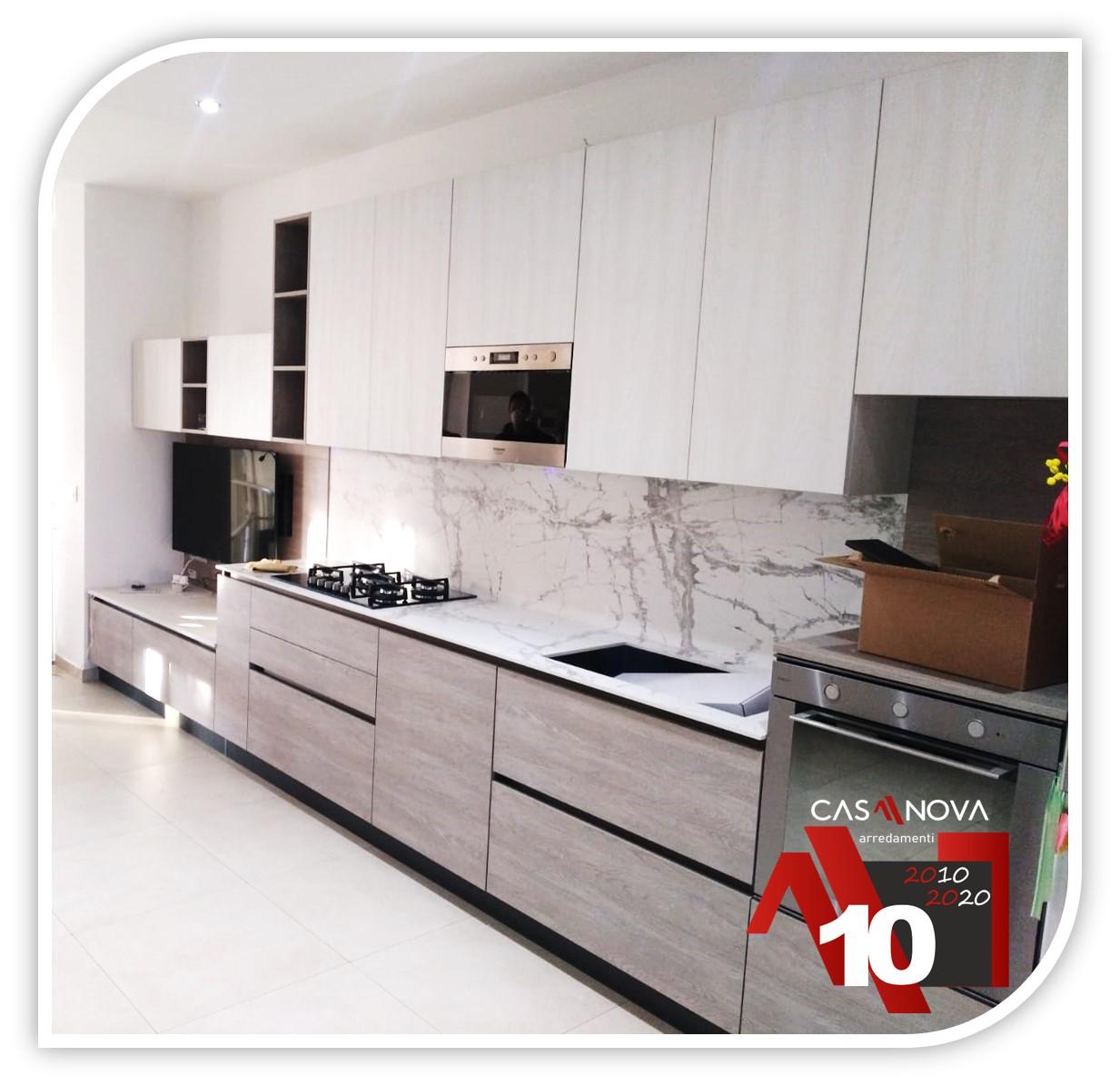 6 metri di cucina lineare per chi ama gli spazi liberi