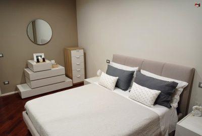 Camere da letto matrimoniali moderne componibili e personalizzabili.