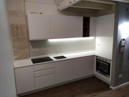 Montaggio piccola cucina a regola d'arte6